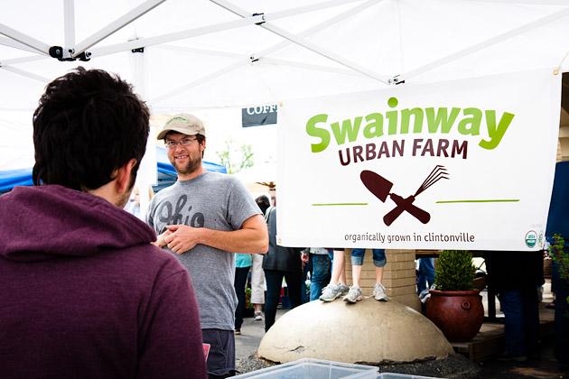 Clintonville-Farmers-Market-Columbus-2011-Swainway-Urban-Farm