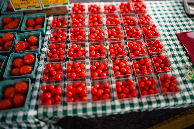 Clintonville-Farmers-Market-Columbus-2011-Cherry-Tomatoes