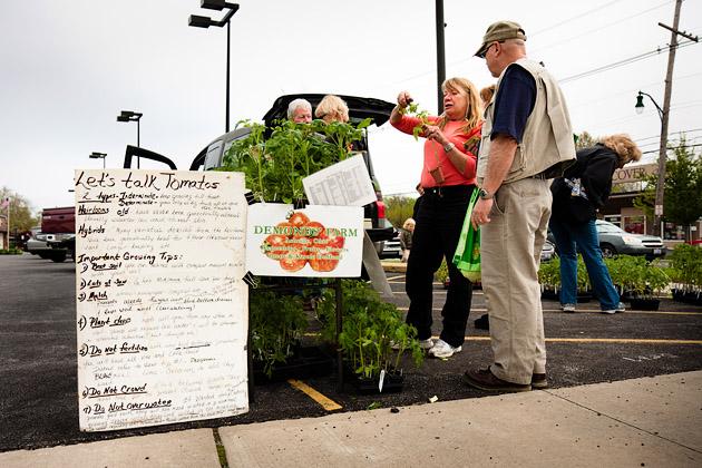 Clintonville-Farmers-Market-Columbus-2011-Talk-Tomatoes