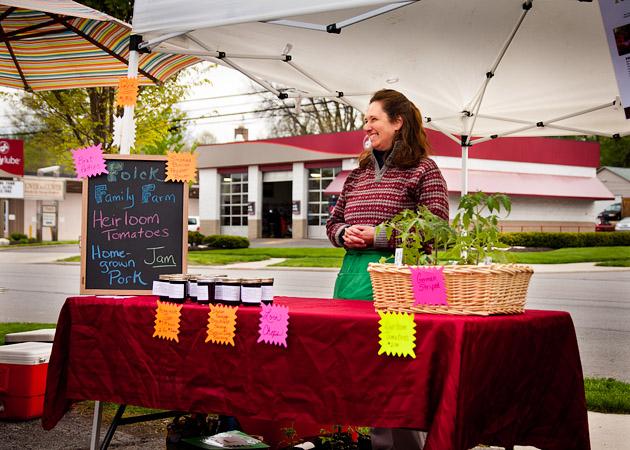 Clintonville-Farmers-Market-Columbus-2011-Folck-Family-Farm