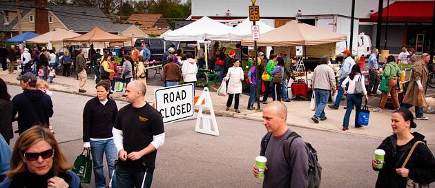 Clintonville-Farmers-Market-Columbus-2011-Crowds