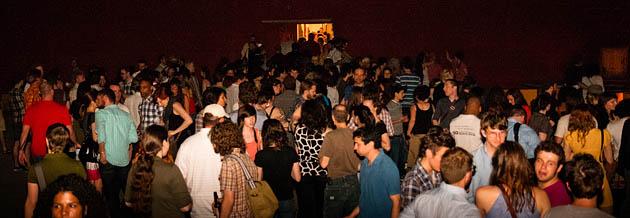 Agora-8-Junctionview-Studios-Columbus-Ohio-2011-Outdoor-Crowd