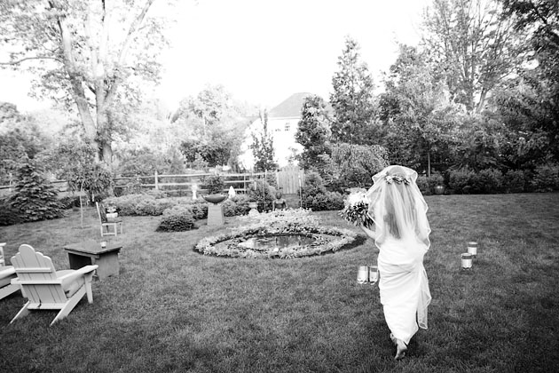 Cholle-Ugur-Gulcer-Wedding-Columbus-Ohio-Bride-in-Garden