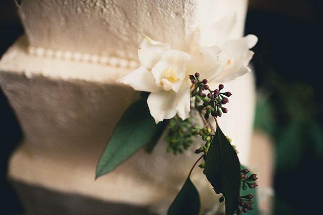 Create-A-Cake-Cleveland-Ohio-Garrison-Wedding