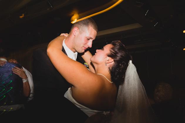 Wedding-Reception-Bride-Groom-Dancing-Franklin-Park-Columbus