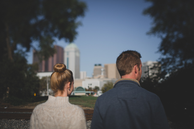 Downtown-Columbus-Ohio-Engagement-Session