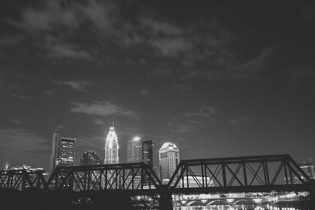 Night-Columbus-Skyline-Downtown-Wedding-Photographer