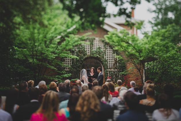 Outdoor-Wedding-Ceremony-Photography-The-Kelton-House-Columbus-Ohio