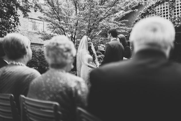 Outdoor-Wedding-Ceremony-The-Kelton-House-Columbus-Ohio