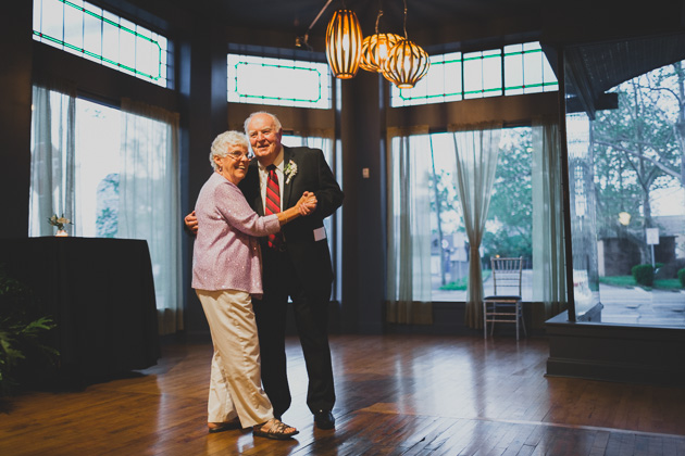 Grandparents-Dancing-The-Kitchen-Columbus-Ohio-Wedding-Reception