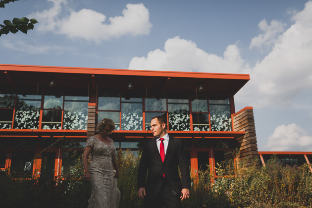 Grange-Audubon-Outdoor-Wedding-Portraits