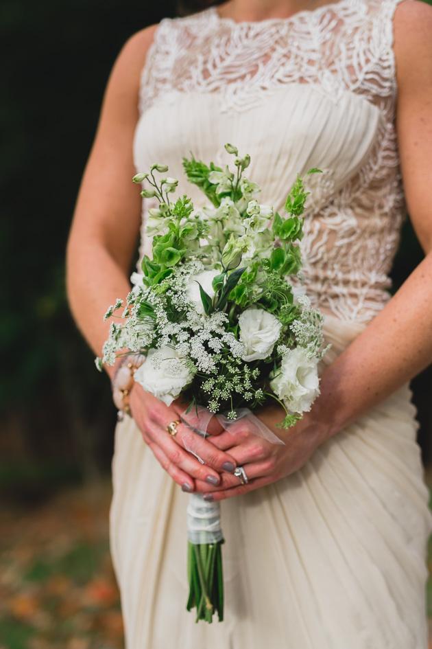 Cleveland-Wedding-Photography-Bride-Bouquet