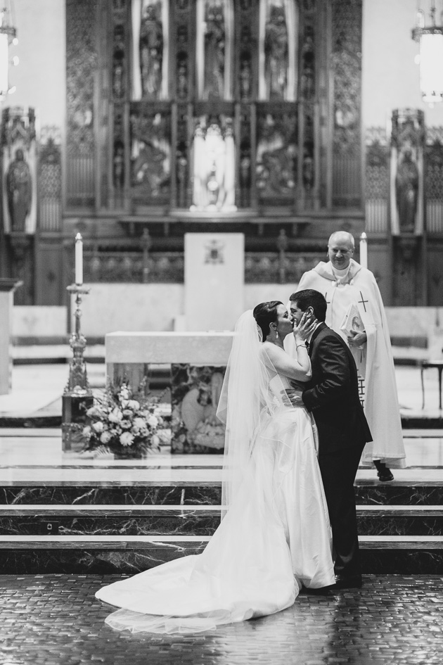 Cleveland-Wedding-Photographer-Church-Ceremony-First-Kiss