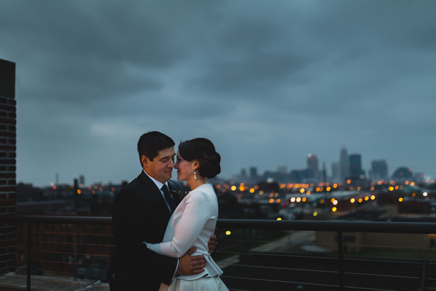 Cleveland-Wedding-Photographer-Ariel-International-Center